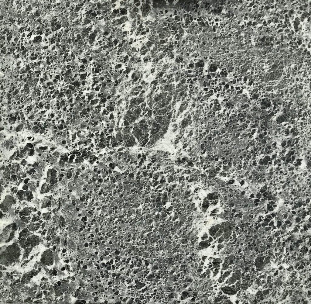 Kuva Tulikivi Sky -laatasta