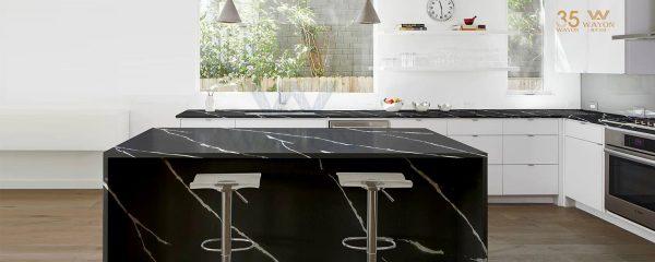 Musta marmorikuvioitu kvartsitaso Nero Marquina
